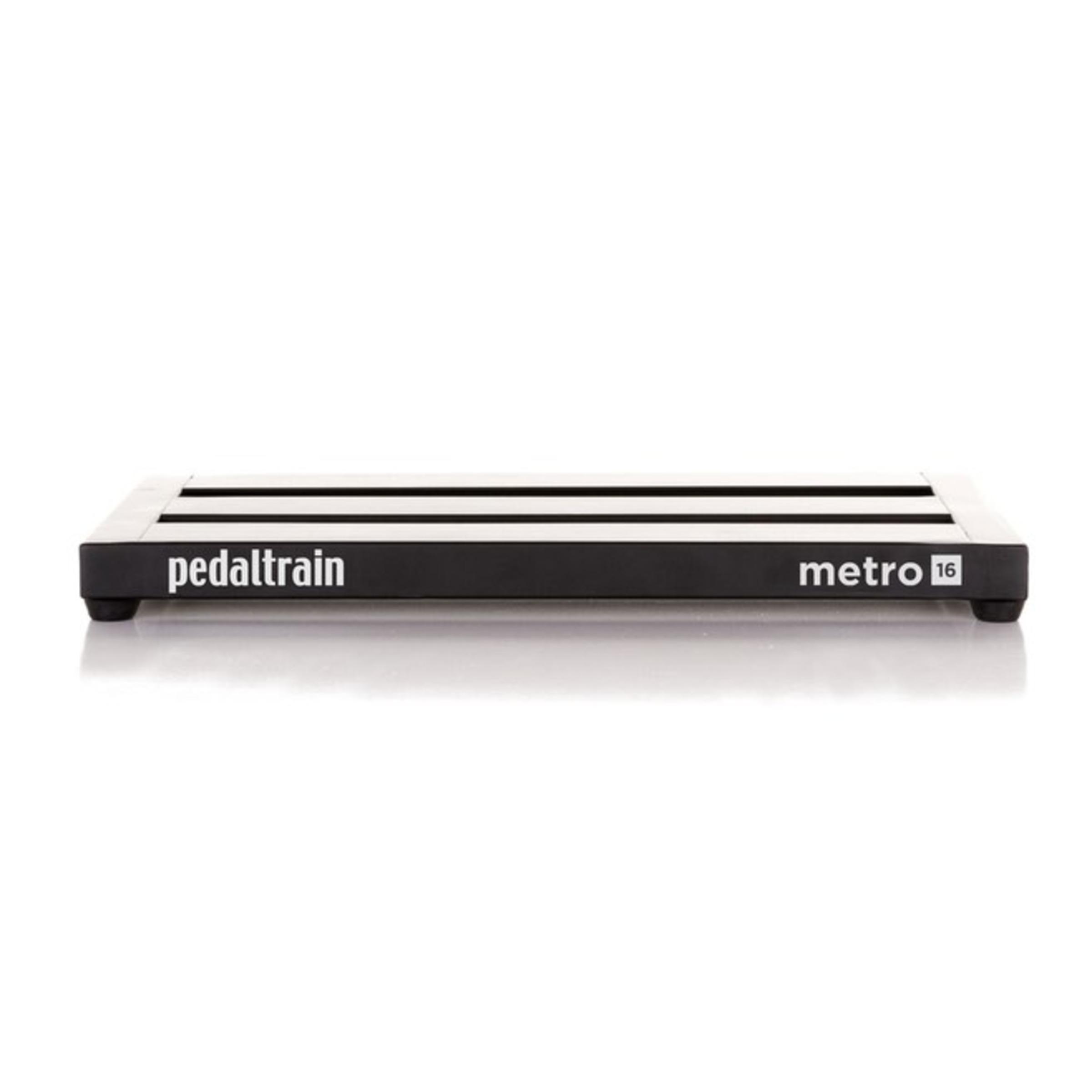 guitars pedaltrain metro 16 pedal board with hard case giggear. Black Bedroom Furniture Sets. Home Design Ideas