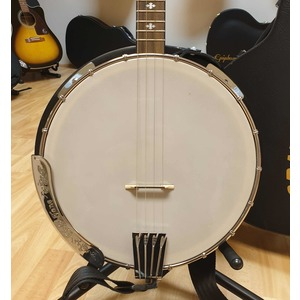 SECONDHAND Gold Tone Plectrum Cripple Creek 4 String Tenor Banjo with strap/hardcase