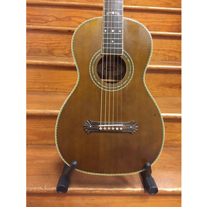 SECONDHAND Washburn R314KK Parlour acoustic inc case. 125th anniversary
