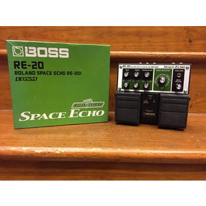SECONDHAND Boss RE20 Space Echo