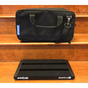 SECONDHAND Pedaltrain Metro 16 Pedalboard and gigbag
