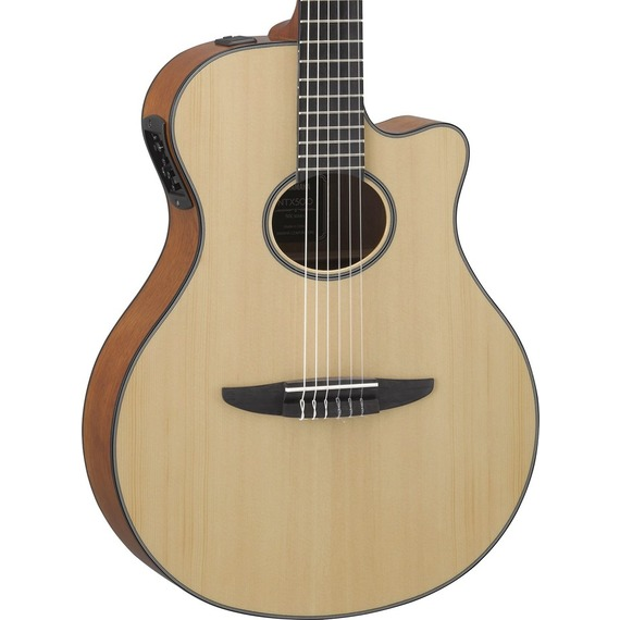 Yamaha NTX500 Electro-Nylon Guitar with Cutaway