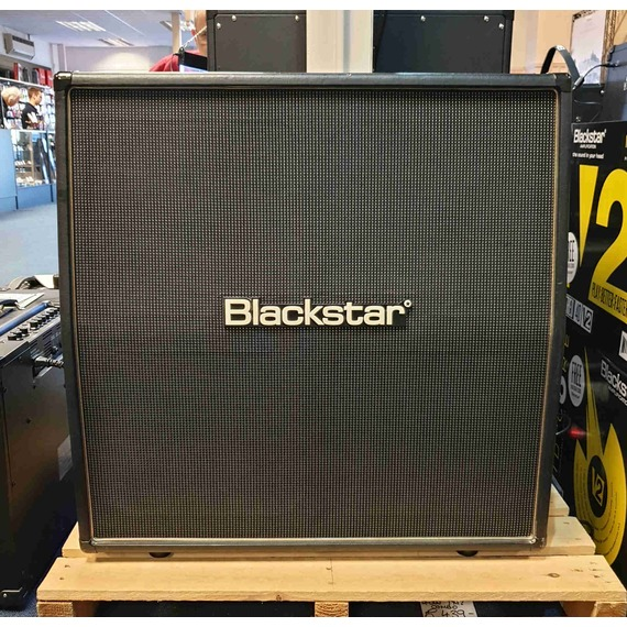 SECONDHAND Blackstar HTV-412A 4x12 angled speaker cabinet