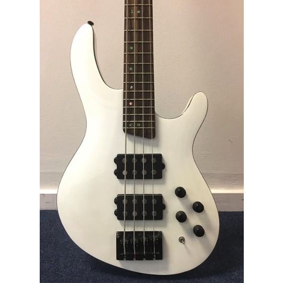 Cort C4H White Pearl Active bass