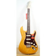 Fender Limited Edition American Pro Light Ash Strat - Aged Natural